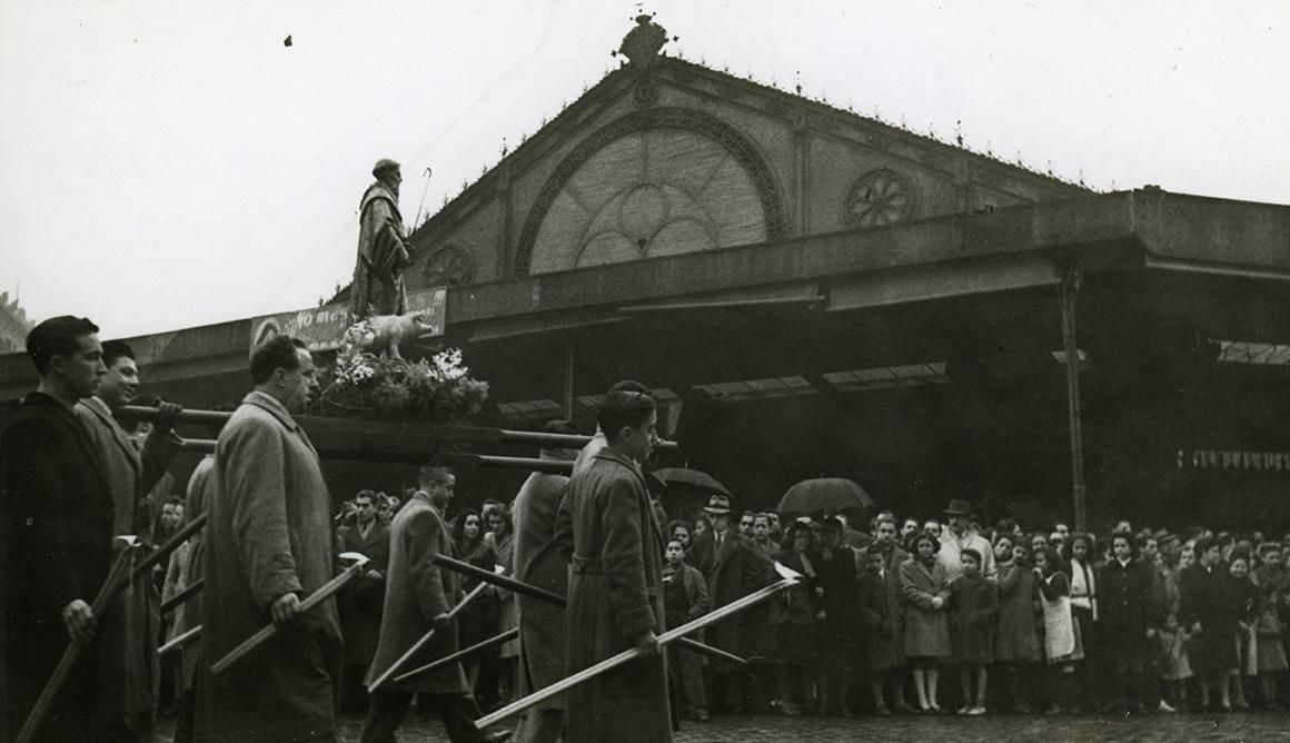 Processó de venedors per la Diada de Sant Antoni Abat (1946)