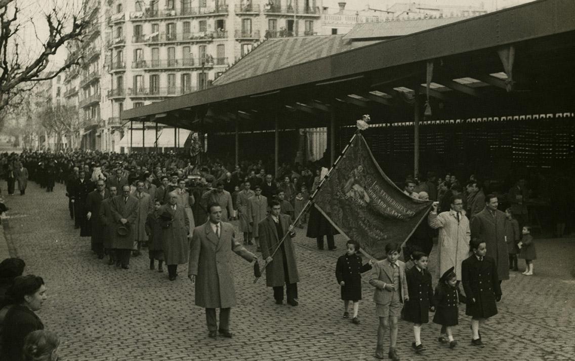 Processó de venedors per la Diada de Sant Antoni Abat (1948)